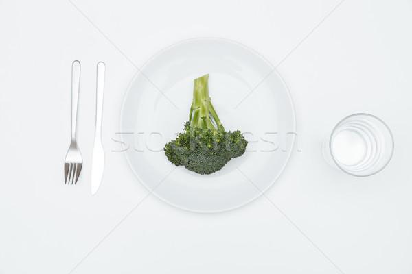Top view broccoli piatto bianco vetro Foto d'archivio © deandrobot