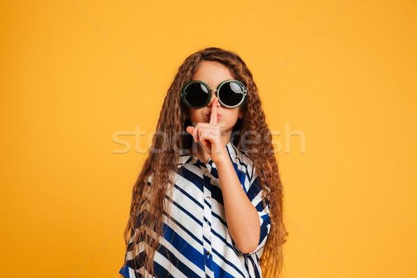 девушки ребенка Солнцезащитные очки молчание Сток-фото © deandrobot