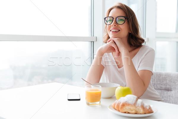 小さな きれいな女性 食べ 画像 ストックフォト © deandrobot