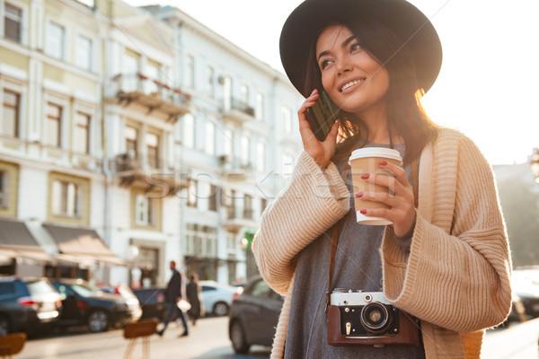 Portre şık kadın kahve fincanı Stok fotoğraf © deandrobot