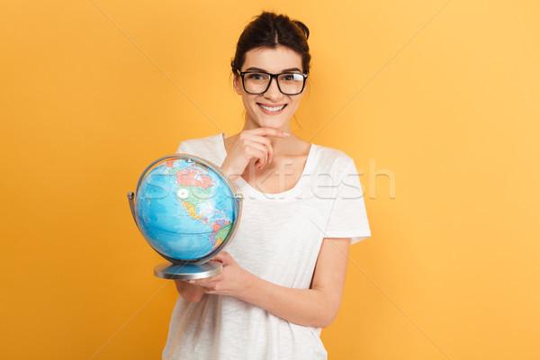 Stock foto: Glücklich · Frau · tragen · Gläser · halten · Welt