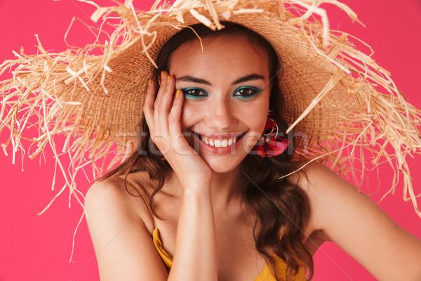 Portrait élégant contenu femme 20s Photo stock © deandrobot