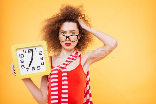 Nem fényes modell óra szemüveg tart Stock fotó © deandrobot