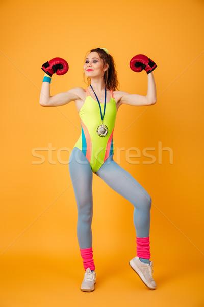 Mutlu genç spor kadın boksör poz Stok fotoğraf © deandrobot