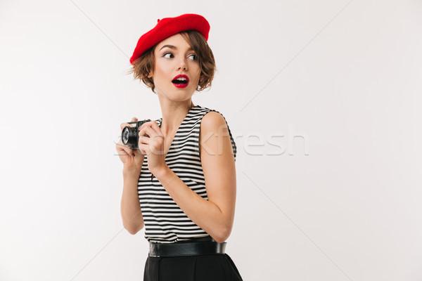 Retrato feliz mulher vermelho boina Foto stock © deandrobot