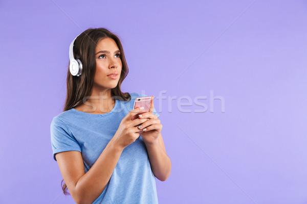 Retrato bastante joven teléfono móvil aislado Foto stock © deandrobot