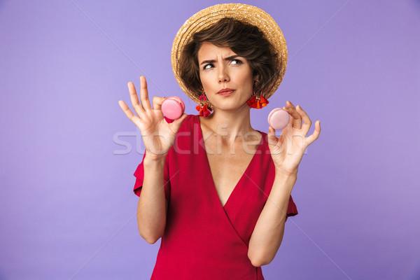 Nachdenklich ziemlich Brünette Frau Kleid Strohhut Stock foto © deandrobot