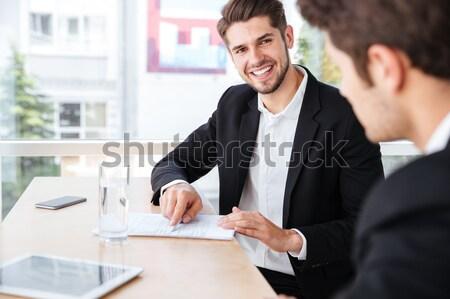 Due imprenditori lavoro incontro di lavoro ufficio sorridere Foto d'archivio © deandrobot