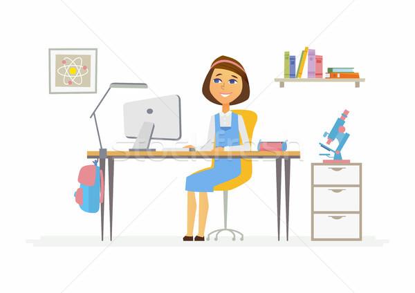 Stok fotoğraf: çevrimiçi · eğitim · örnek · kız · öğrenci · ev