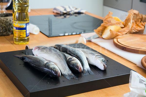 таблице рыбы морем пластина масштаба Сток-фото © DedMorozz