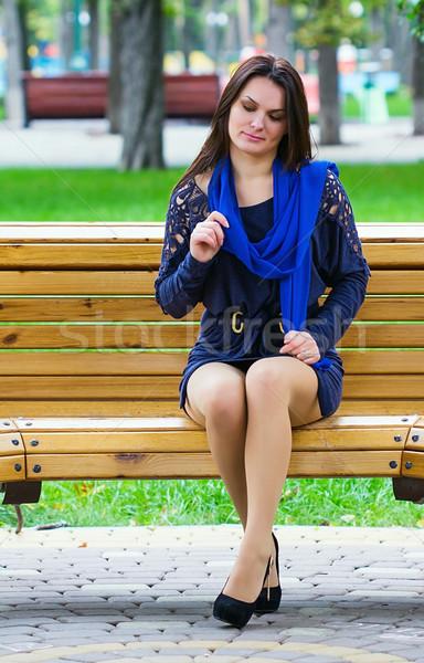 девушки сидят парка скамейке женщину весны Сток-фото © DedMorozz
