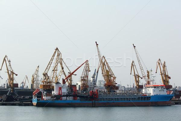 Barco doca negócio industrial rio transporte Foto stock © DedMorozz