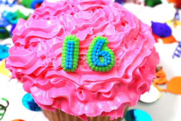 ünneplés minitorta szám 16 konfetti jókedv Stock fotó © dehooks