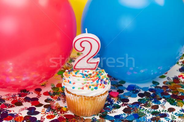 ünneplés léggömbök konfetti minitorta szám boldog Stock fotó © dehooks