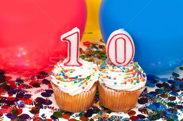 Célébration ballons confettis nombre 10 Photo stock © dehooks