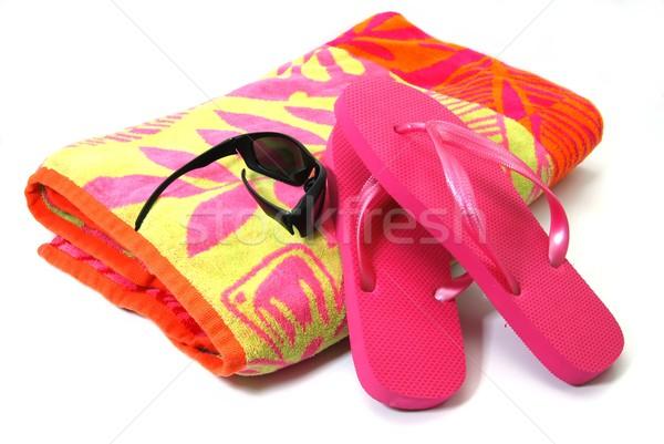 Stockfoto: Strand · geïsoleerd · strandlaken · zonnebril · witte