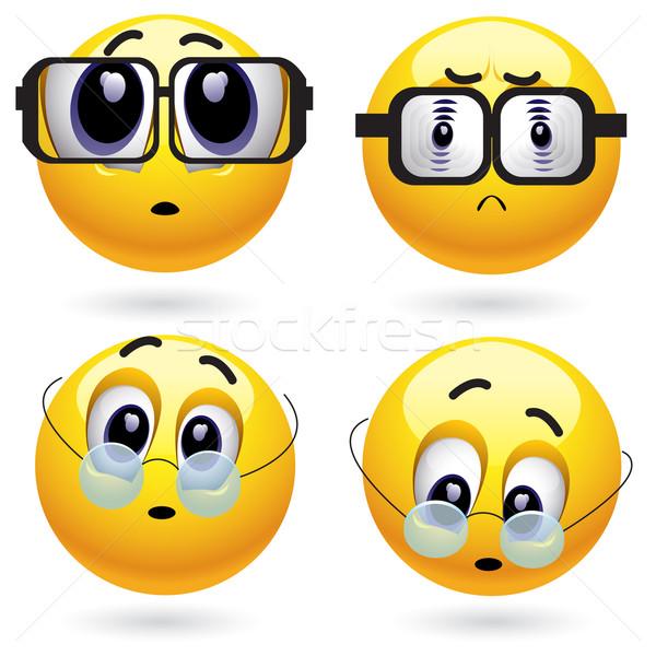 Glimlachend bal verschillend oog zon Stockfoto © dejanj01