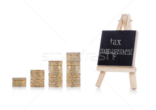 Vergi yönetim plan metin kara tahta madeni para Stok fotoğraf © DenisMArt