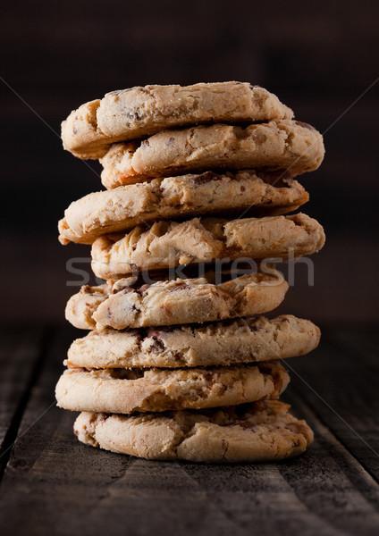 édes karamell gluténmentes sütik öreg fából készült Stock fotó © DenisMArt