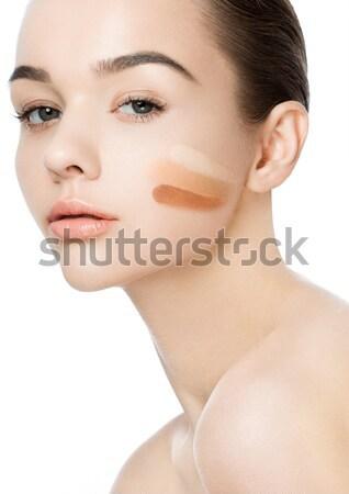 Gyönyörű nő lány természetes smink fürdő bőrápolás Stock fotó © DenisMArt