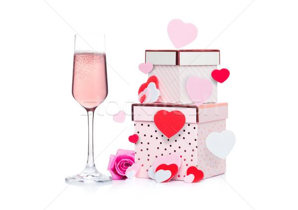 Vidrio rosa champán corazón caja de regalo aumentó Foto stock © DenisMArt