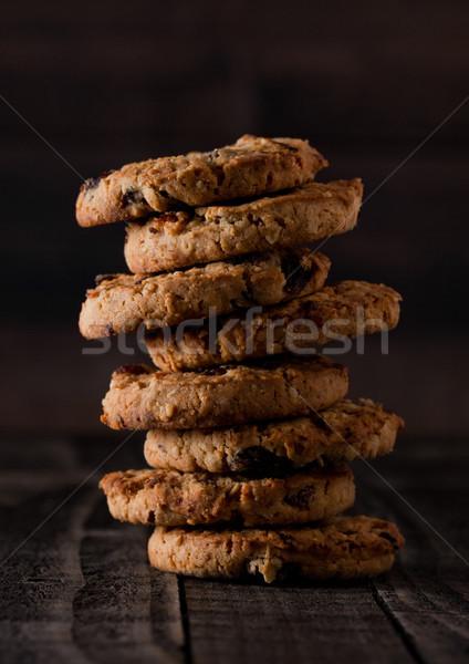 Haferflocken Schokolade Cookies alten Holz Stock foto © DenisMArt