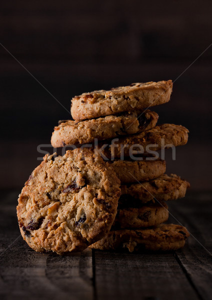 Chocolat cookies vieux bois Photo stock © DenisMArt