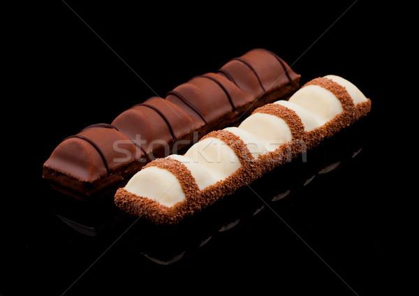 Leche blanco chocolate dulce bares negro Foto stock © DenisMArt