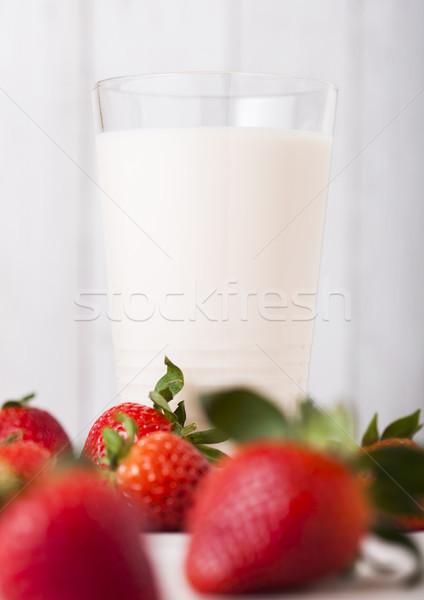 стекла клубника свежее молоко плодов свежие Сток-фото © DenisMArt