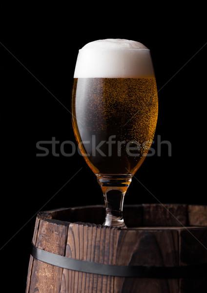 Frío vidrio cerveza edad barril Foto stock © DenisMArt