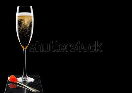 Rose rose champagne verre bulles noir Photo stock © DenisMArt