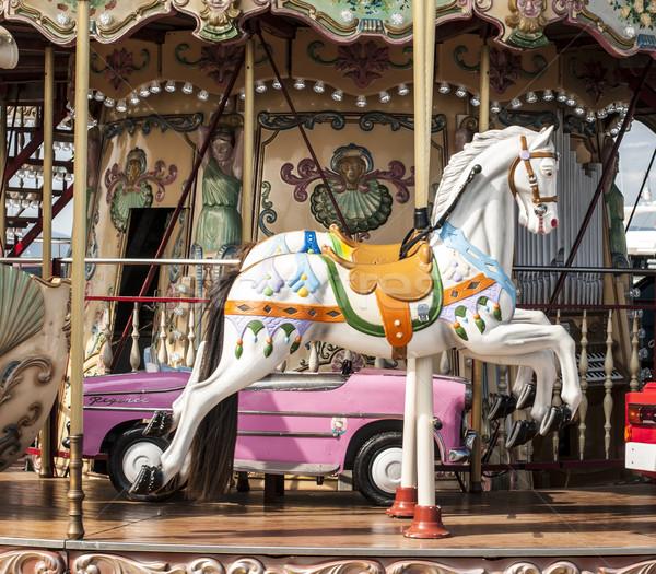 Parco di divertimenti vintage bianco cavalli bambini città Foto d'archivio © deyangeorgiev