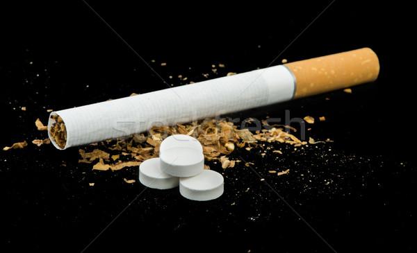 сигарету табак таблетки изолированный Сток-фото © deyangeorgiev