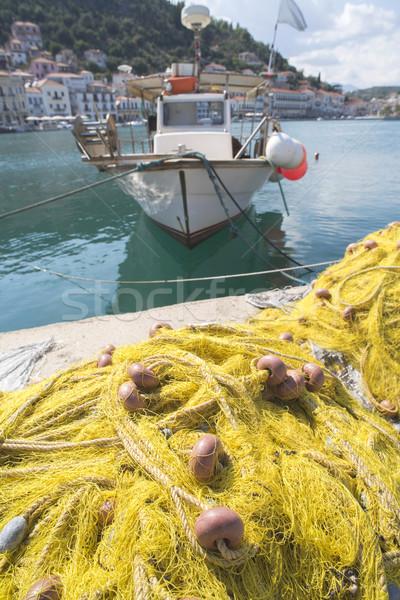 Poissons bateau jaune net Grèce eau Photo stock © deyangeorgiev