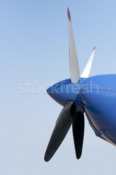 Repülőgép propeller fehér kék ég repülőgép gép Stock fotó © deyangeorgiev