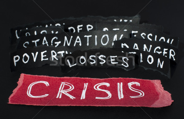 Crisis witte tekst Rood geld papier Stockfoto © deyangeorgiev