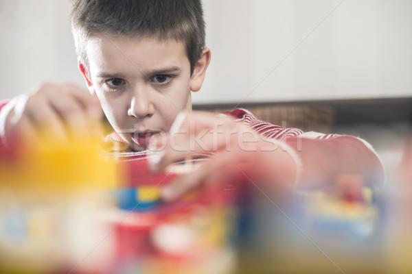 Criança jogar brinquedos plástico construção crianças Foto stock © deyangeorgiev