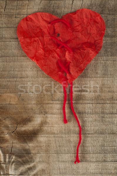 Kalp kıvırcık kırmızı kâğıt mutlu Stok fotoğraf © deyangeorgiev