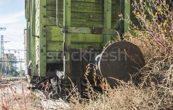Velho trem verde Bulgária Foto stock © deyangeorgiev