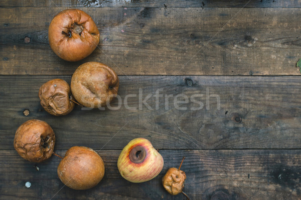 Rot appels hout dag licht voedsel Stockfoto © deyangeorgiev