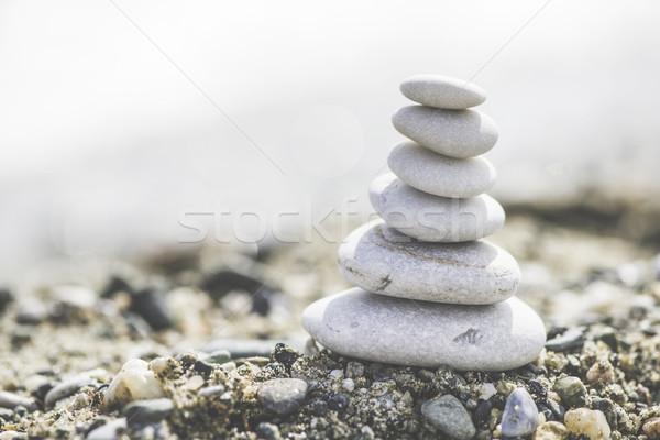 Mar pedras branco céu fundo Foto stock © deyangeorgiev