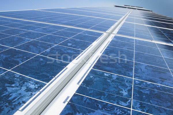 Solaire photovoltaïque parc affaires technologie industrielle Photo stock © deyangeorgiev