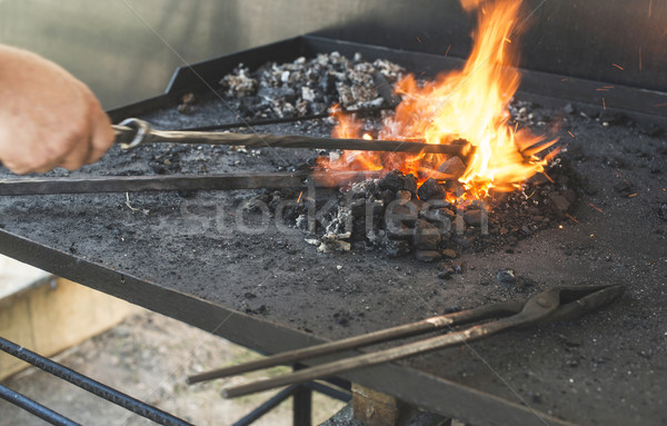 Amboss Laden Schmied Werkzeuge Feuer industriellen Stock foto © deyangeorgiev