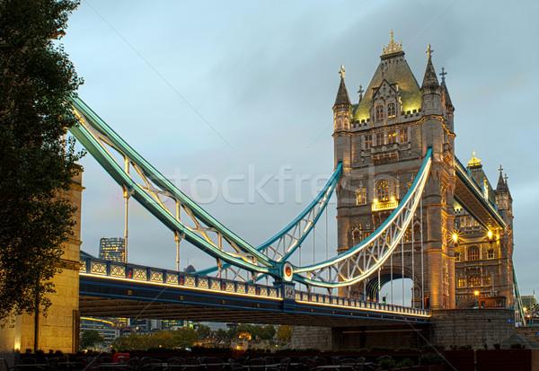 Londres Tower Bridge puesta de sol iluminado diferente colores Foto stock © deyangeorgiev