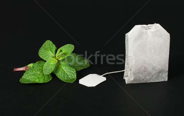 Chá saco fresco de preto isolado Foto stock © deyangeorgiev
