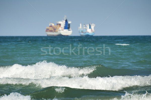 商業 コンテナ船 青空 ビッグ 波 海 ストックフォト © deyangeorgiev