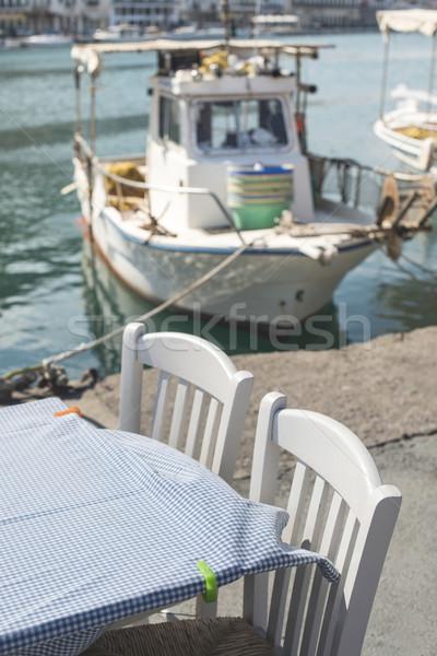 типичный греческий ресторан лодка рыбы Греция Сток-фото © deyangeorgiev