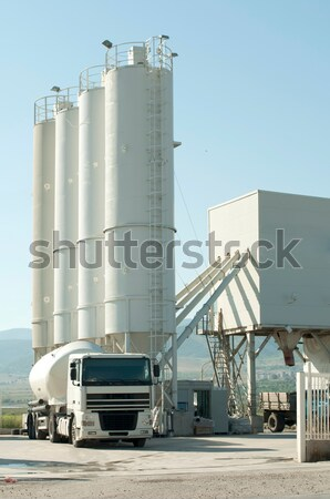 Stock fotó: Cement · gyár · keverő · teherautó · fehér · építkezés