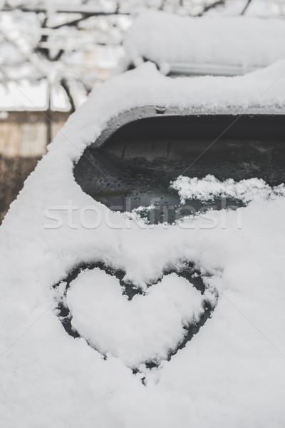 Kar kalp şekli araba sevmek kalp Stok fotoğraf © deyangeorgiev