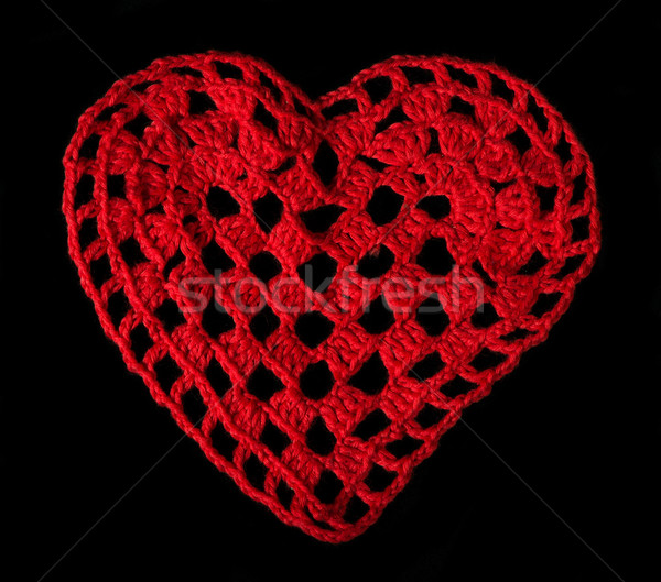 örgü kırmızı kalp iplik siyah yalıtılmış Stok fotoğraf © deyangeorgiev